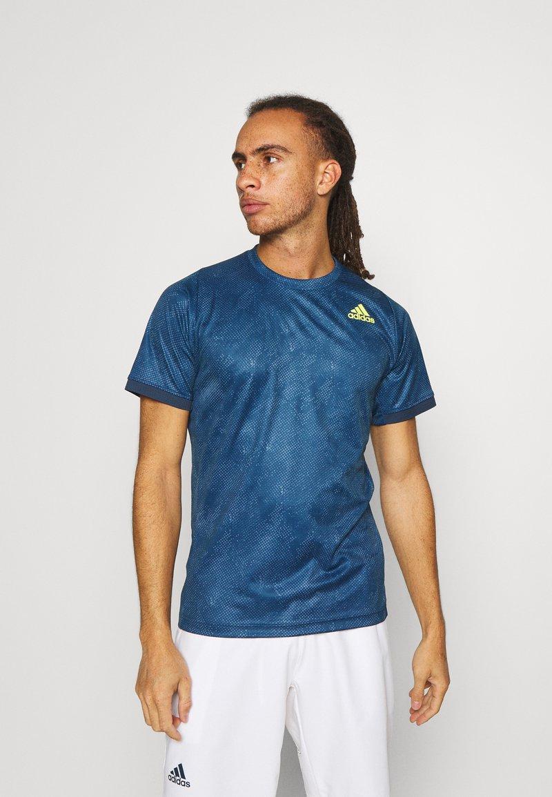 adidas Performance - TEE  - Print T-shirt - blue