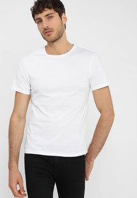 Pier One - T-shirt - bas - white - 0