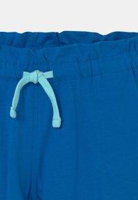 Diadora - LOGO MANIA UNISEX - Sportovní kraťasy - micro blue - 2