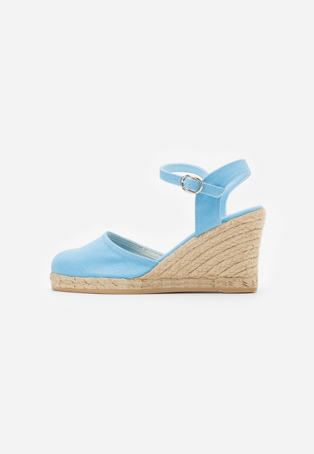 High heeled sandals - light blue