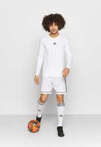 adidas Performance - TEAM BASE TEE - Long sleeved top - white - 1