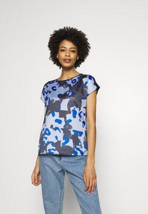 SUKASA PRINT - Bluse - just blue