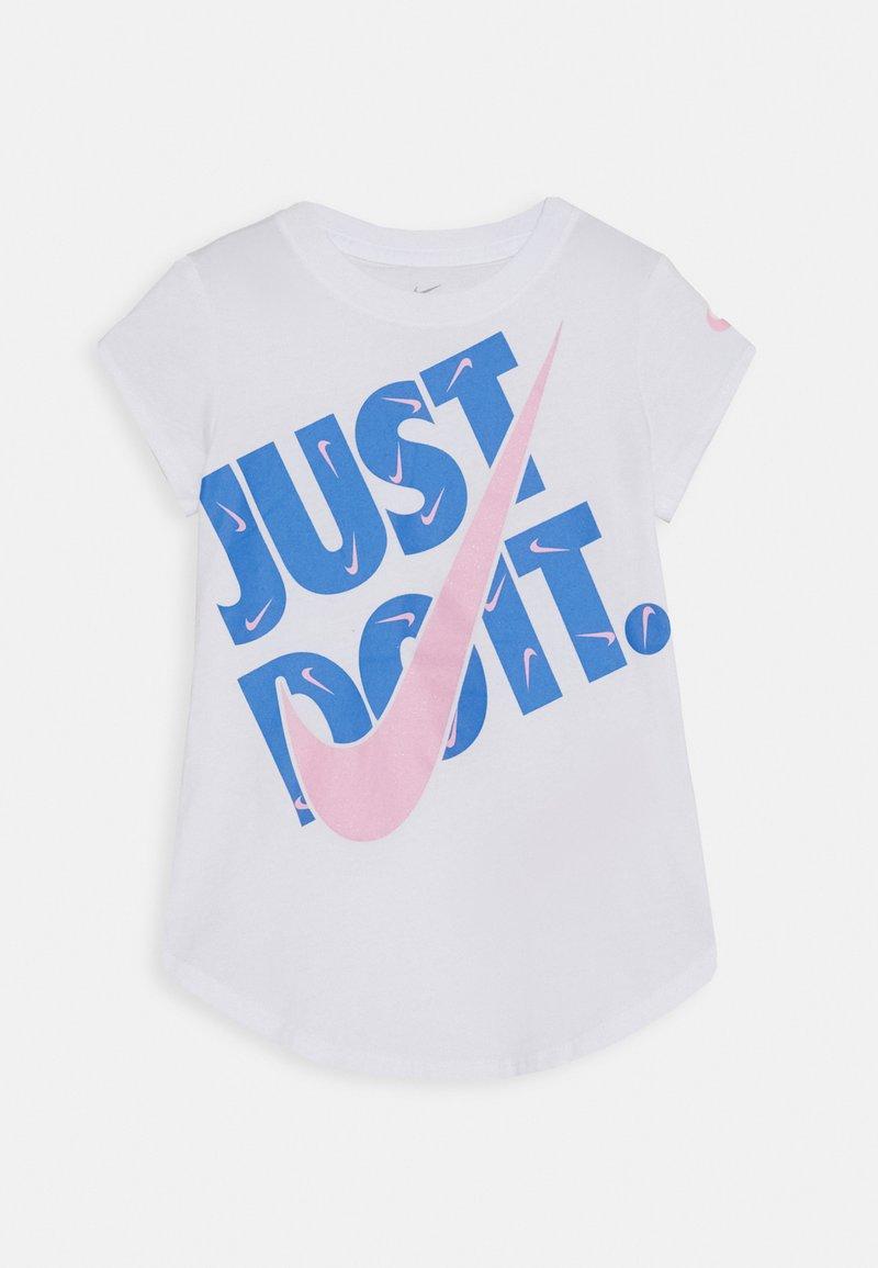 Nike Sportswear - TEE - T-shirt z nadrukiem - white