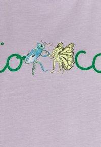 Fiorucci - DANCING BUGS TEE FOXGLOVE - T-shirt con stampa - lilac - 2