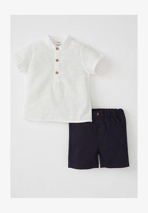 SET - Shorts - white/blue