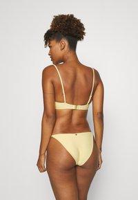 Tommy Hilfiger - SOLIDS STRING SIDE TIE - Bikini bottoms - morning glow - 2
