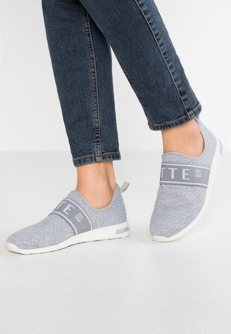 JETTE - Slip-ons - grey