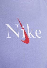 Nike Performance - DRY TANK YOGA - Camiseta de deporte - light thistle - 5