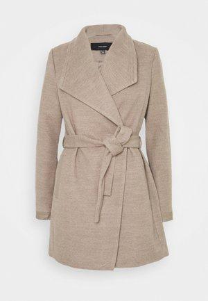 VMCALASISSEL - Short coat - sepia tint