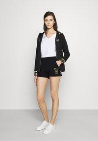 EA7 Emporio Armani - Shorts - black - 1