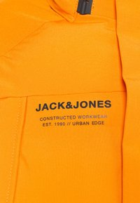 Jack & Jones - JCOALBERT TECH PUFFER - Winter jacket - golden orange - 3