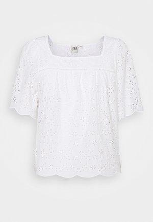 EYELET SCALLOP  - Blouse - fresh white