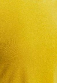 ONLY Petite - ONLMAY LIFE POCKET DRESS 2 PACK - Jersey dress - golden spice/cloud dancer/night - 5