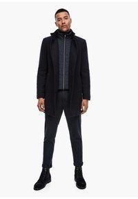 s.Oliver BLACK LABEL - STEHKRAGEN - Halflange jas - dark blue - 1