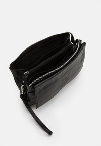 Still Nordic - ANOUK CROSSBODY - Clutch - black - 2