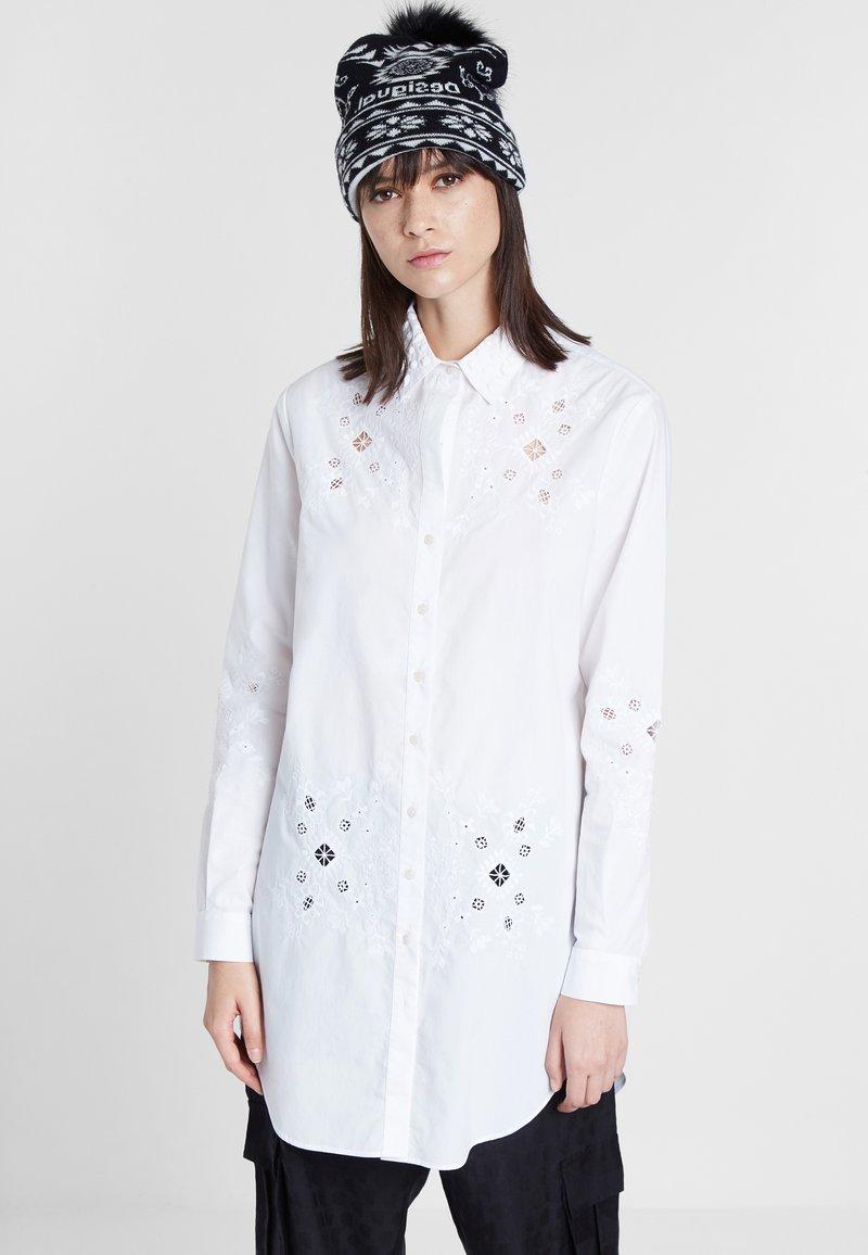 Desigual - CAM_GARONA - Shirt - white