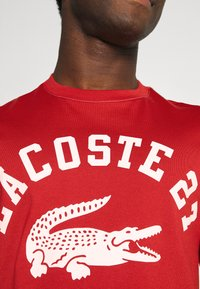 Lacoste - Print T-shirt - cinabre - 5