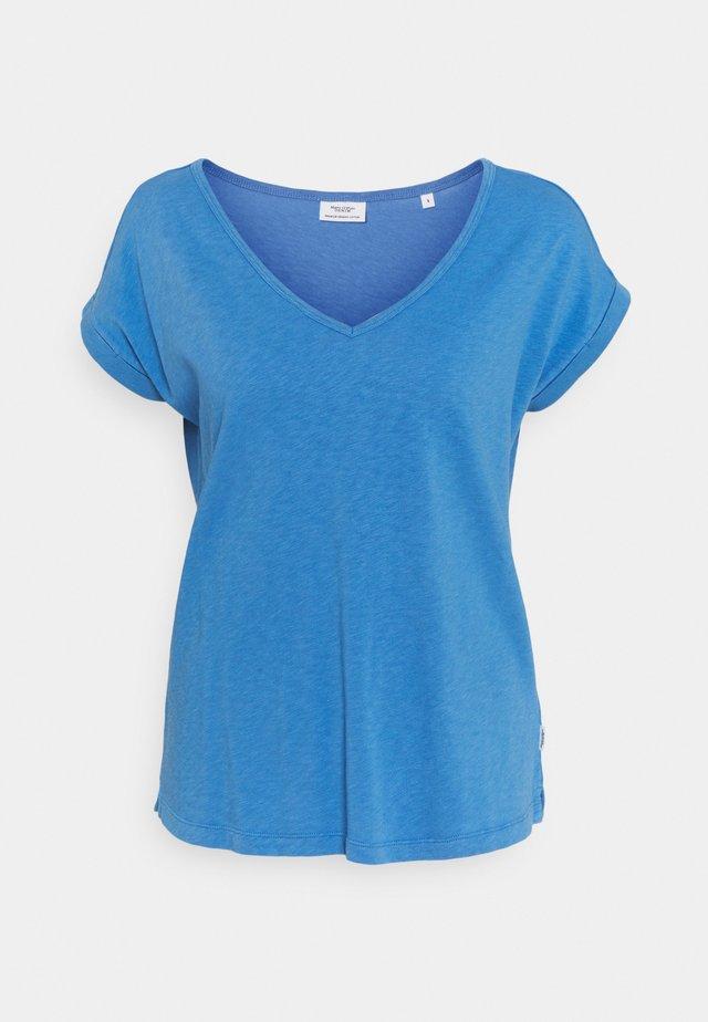 SHORT SLEEVE WIDE BODYSHAPE V NECK - T-shirt basic - intense blue