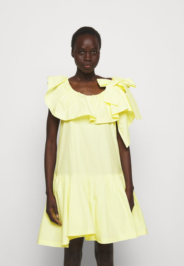 RUFFLED NECKLINE TENT DRESS - Cocktailjurk - pale yellow