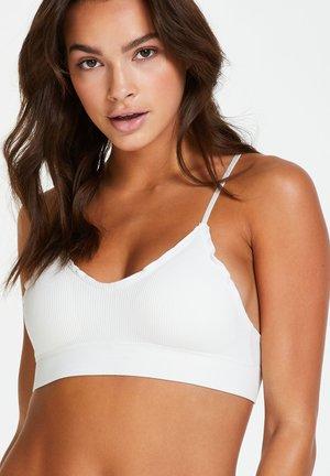 Balconette bra - white