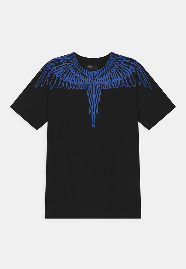 OUT WINGS - T-shirt con stampa - black