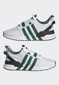 adidas Originals - U_PATH RUN UNISEX - Tenisky - crystal white/collegiate green/core black - 7