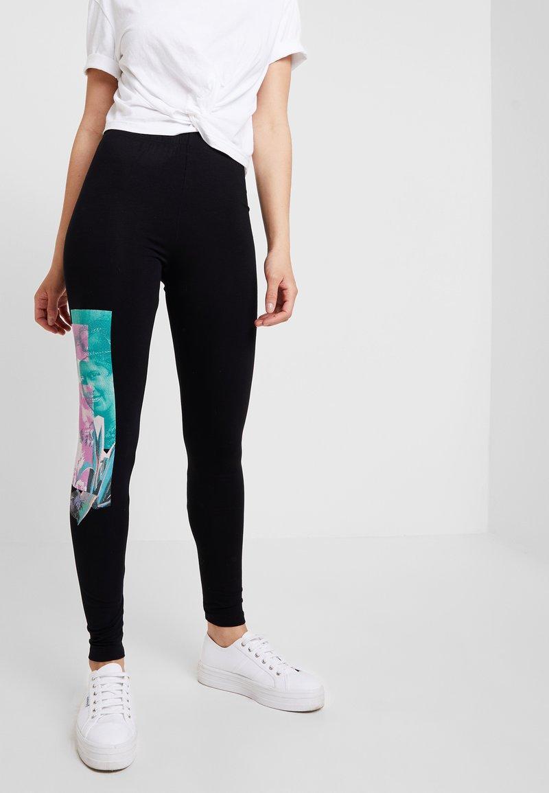 Desigual - PORTRAIT - Leggings - Trousers - black