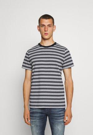 JORRASPO TEE CREW NECK - T-shirts print - light grey melange