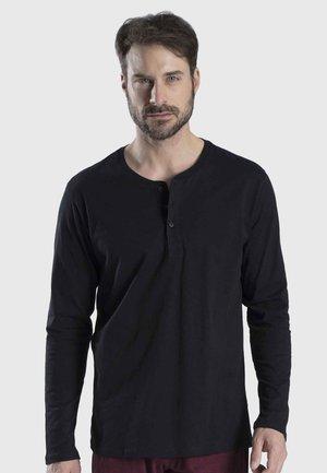 MIT KNOPFLEISTE - Pyjama top - black