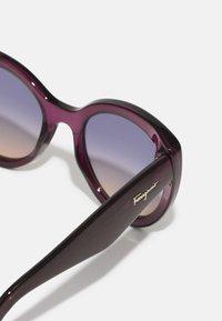 Salvatore Ferragamo - Sunglasses - crystal violet - 2