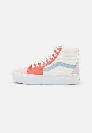 SK8 PLATFORM  - Höga sneakers - pastel block/true white