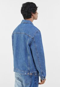 Bershka - Jeansjacka - blue denim - 2