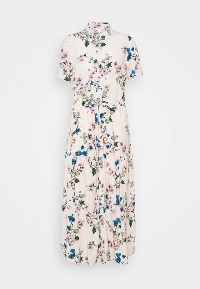 OBJPAREE DRESS - Košilové šaty - sandshell