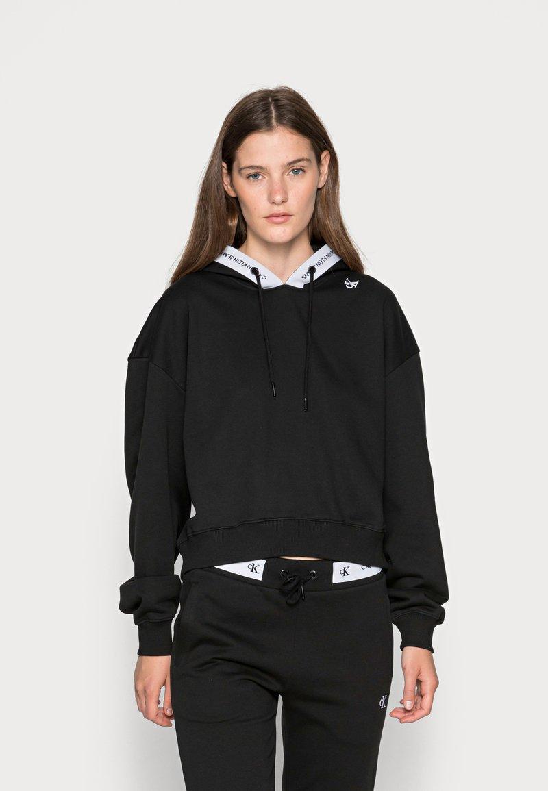 Calvin Klein Jeans - TAPING HOODIE - Hoodie - black