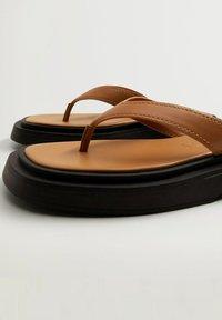 Mango - Pool shoes - middenbruin - 1