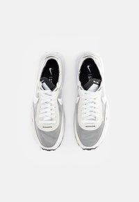 Nike Sportswear - WAFFLE ONE - Sneakers - summit white/white-black-orange - 7