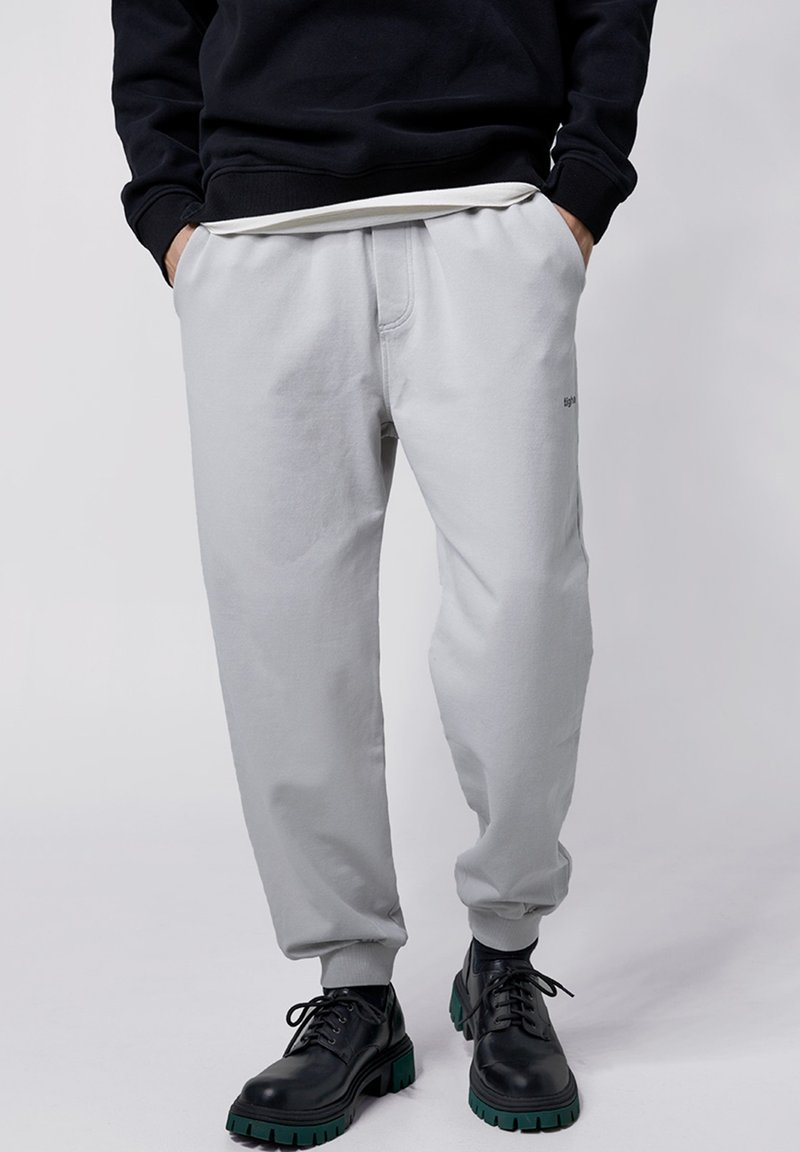 Tigha - COSMO - Tracksuit bottoms - vintage concrete grey