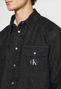 Calvin Klein Jeans - SHIRT - Shirt - denim black - 5