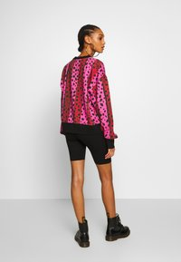 House of Holland - NEON STRIPE CHEETAH - Sweatshirt - pink multi - 2
