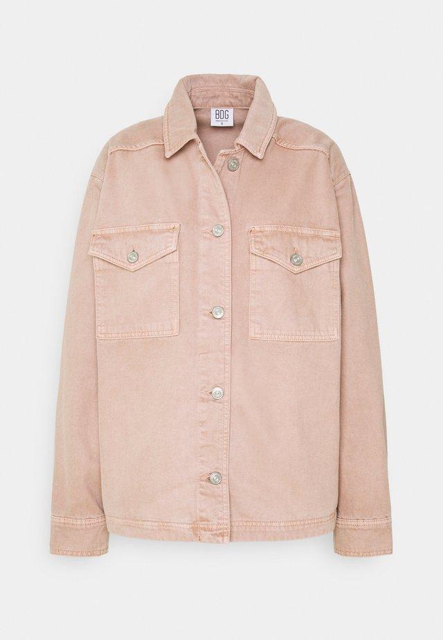 SHACKET - Pitkä takki - pink