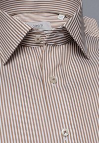 Eterna - SLIM FIT - Formal shirt - beige/weiss - 4