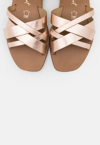 New Look Wide Fit - WIDE FIT GEANETTE 2 PART SANDAL - Sandales - rose gold - 5