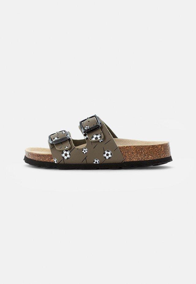 FUSSBETTPANTOFFEL - Domácí obuv - grün