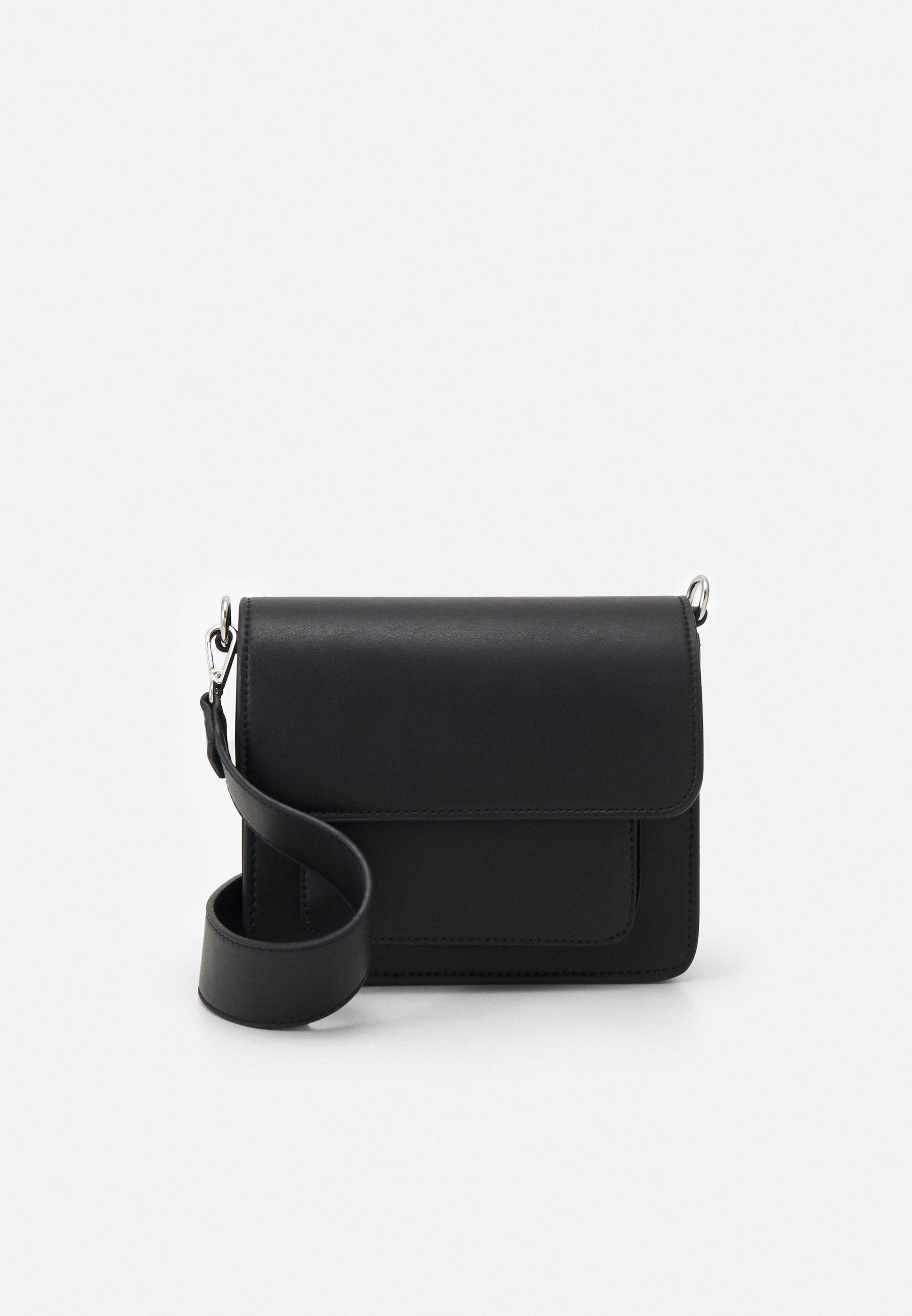 Women CAYMAN POCKET RESPONSIBLE - Across body bag