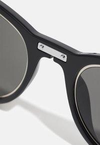 Calvin Klein Jeans - Sunglasses - black - 4