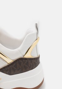 MICHAEL Michael Kors - SPARKS TRAINER - Sneakers laag - optic white/multicolor - 5