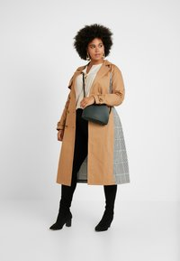 Glamorous Curve - MIX AND MATCH - Trench - stone - 1