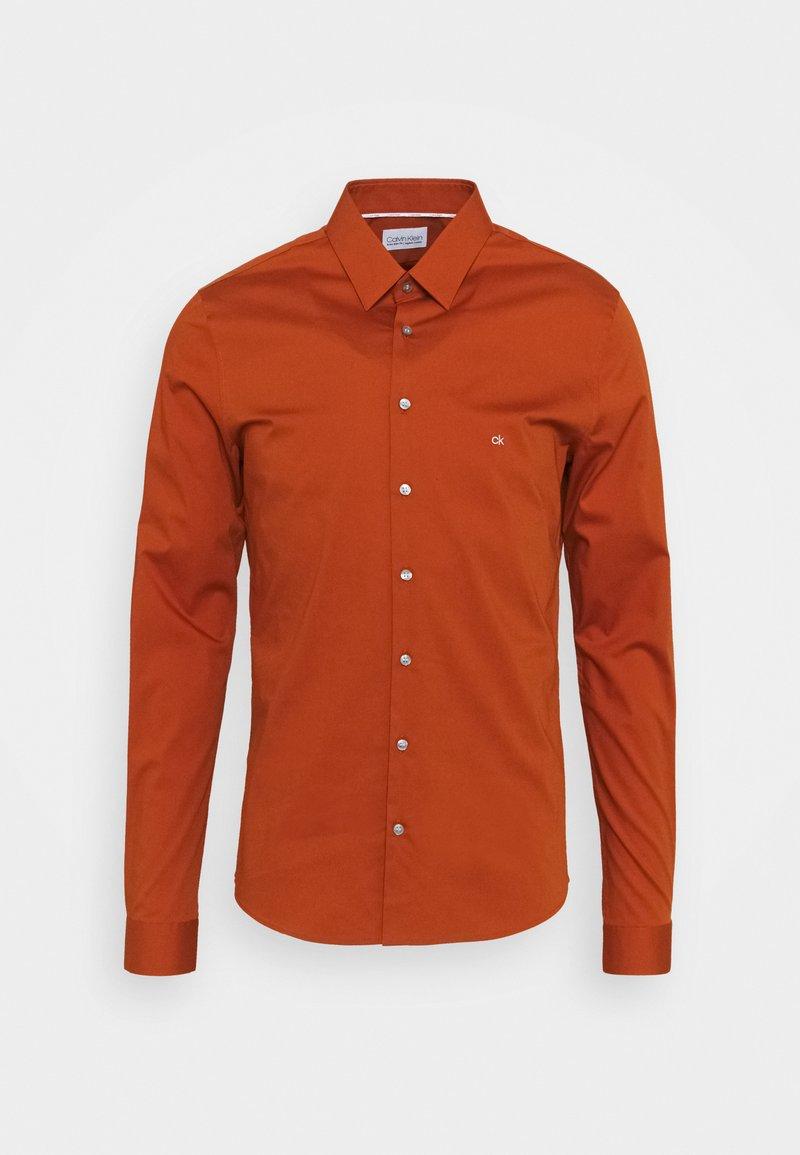 Calvin Klein Tailored - LOGO STRETCH EXTRA SLIM - Formal shirt - brown