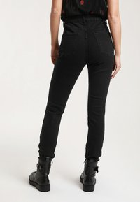 Pimkie - HIGH WAIST - Jeans Skinny Fit - black - 2