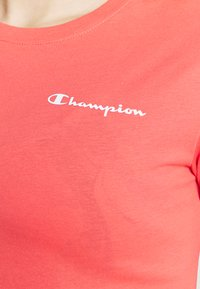 Champion - CREWNECK - Jednoduché triko - coral - 4